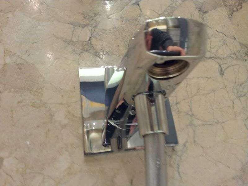 Banyo Duş Başlığı ve Dekorasyon